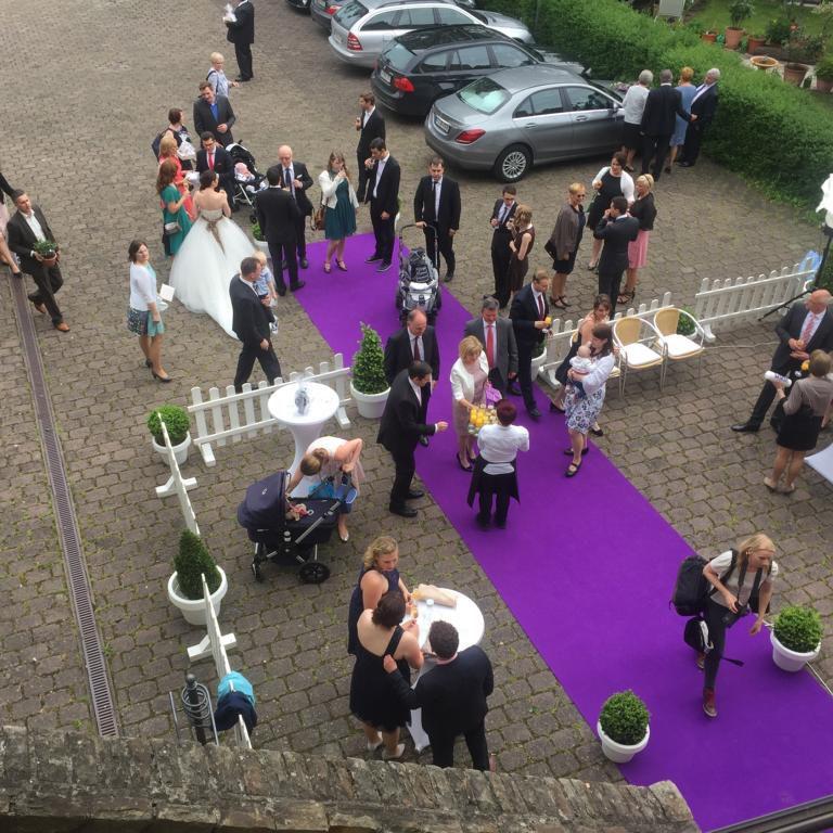 1 Hochzeit Laneburg Löhnberg mit Teppich